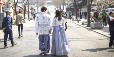 Korea Jeonju Couple in Hanbok 800x400